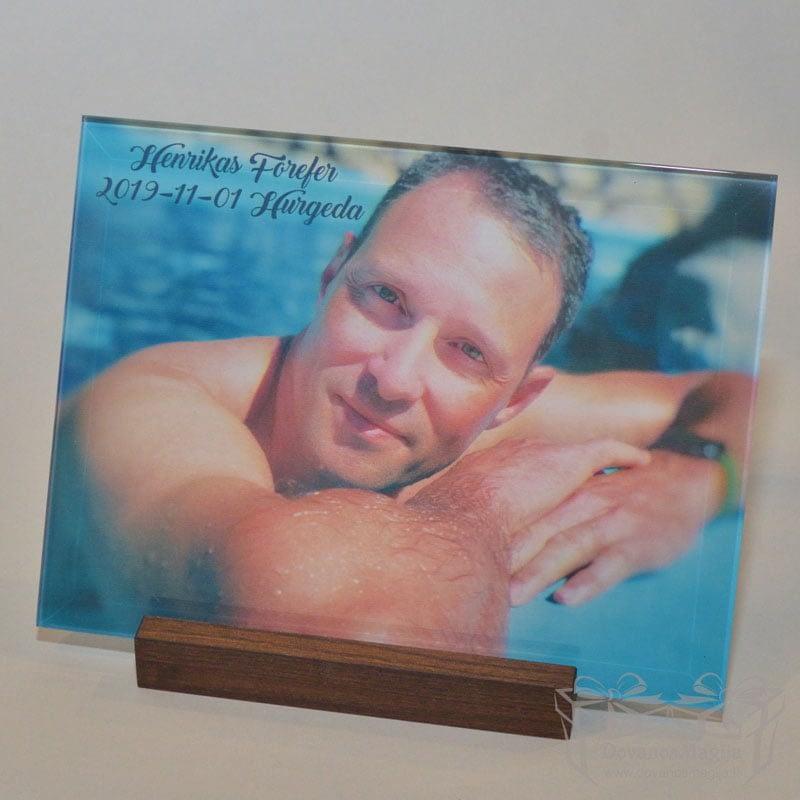 Nuotrauka ant stiklo horizontali arba vertikaliai, darbų galerija