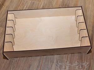Medinė dėžutė pavyzdžiams 52x20x10cm 5skyriai