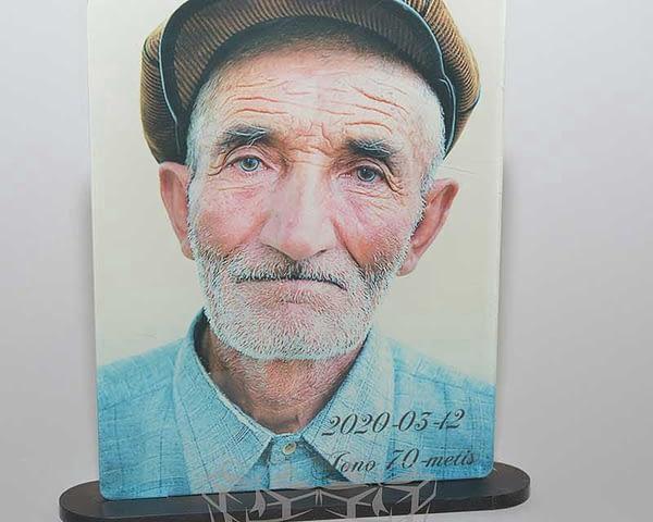 foto stovas iš organinio stiklo 13x18x3cm spauda, UV spausdinimas DovanosMagija_ Foto stovas iš organinio stiklo 01