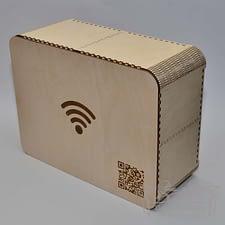 Medinė dėžutė Wi-Fi su QR 30x40x15