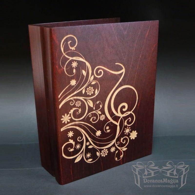 G raviruotos dėžutėsMedinės dovanos, medinės dėžutės su graviravimu