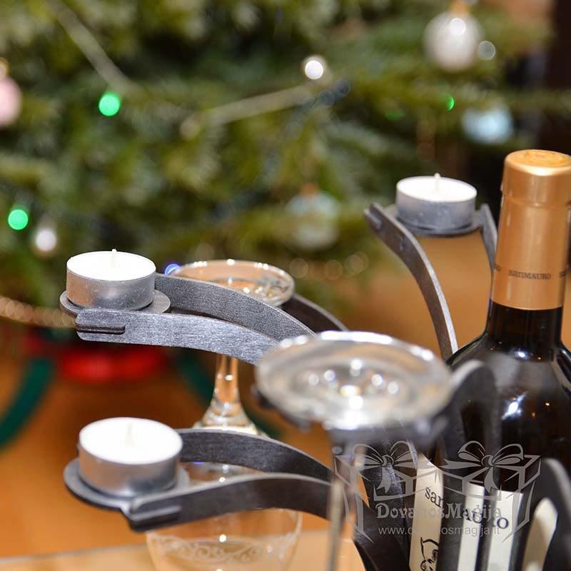 Medinis butelio taurių ir žvakių stovas dažytas