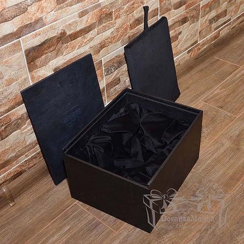 Medinė dovanos, Medinė dėžutė statulėlei su indeklu 30x24xh18cm dažyta