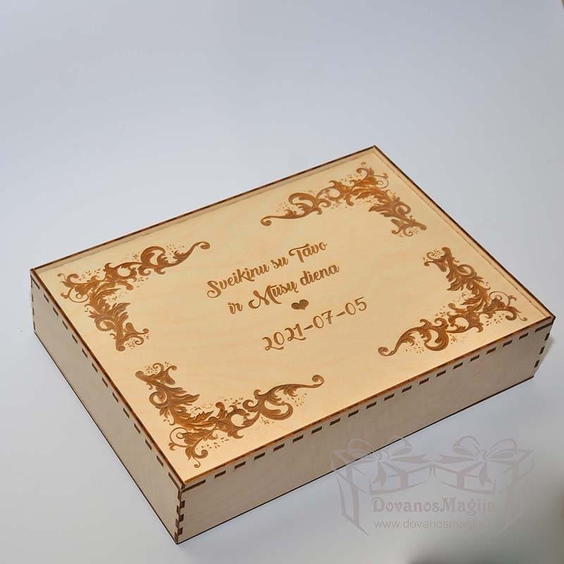Medinė dovanos,  Medinė dėžutė nuotraukai su indeklu uždengiama